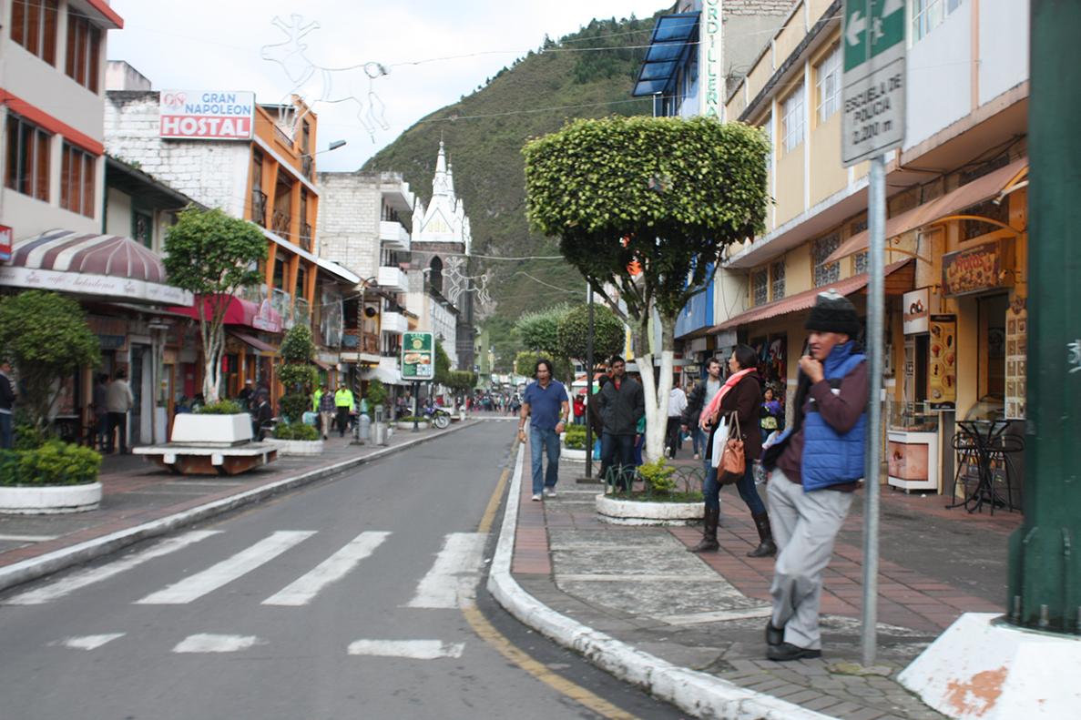 Imagenes De Baños Ambato:El Heraldo – Ambato